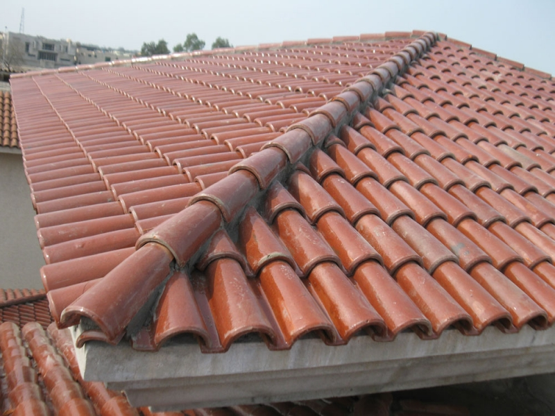 Pak clay roof tiles floor tiles in pakistan glazed for Clay tile roofs