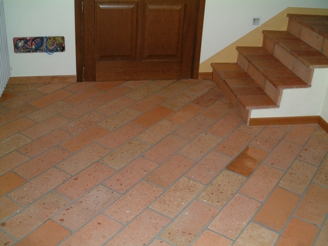 6 Interior Stair Tread Red Tiles Design Plans Pictures