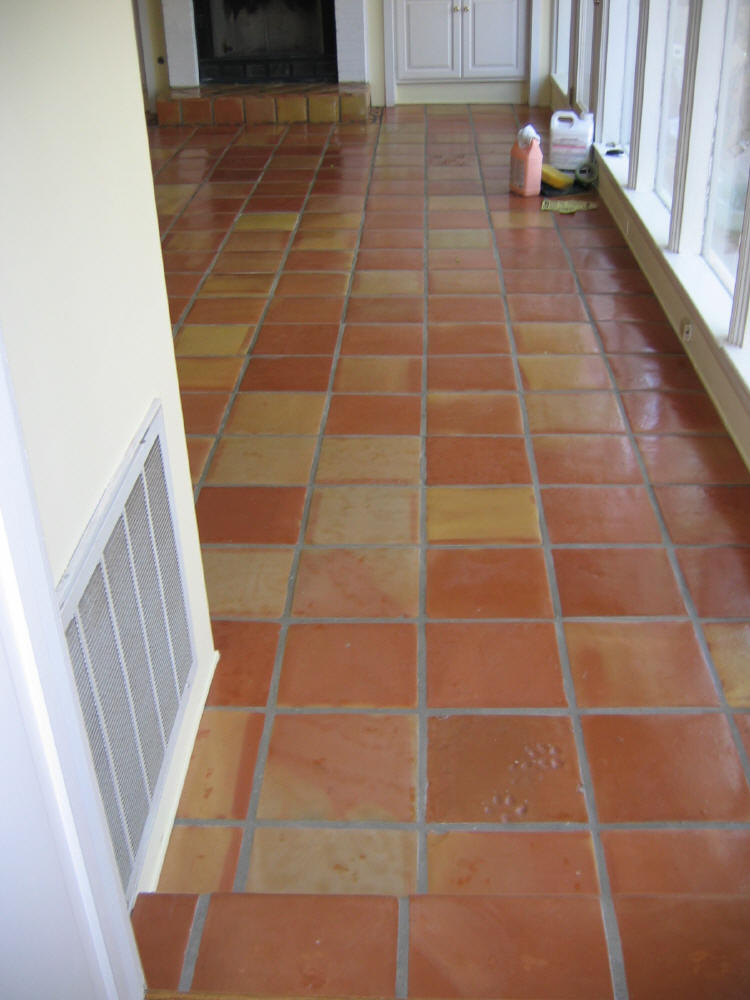 8 inch 12 terracotta roof floor and wall tiles pak clay for Roof and floor