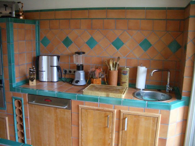 clay-kitchen-backsplash-tiles-pictures