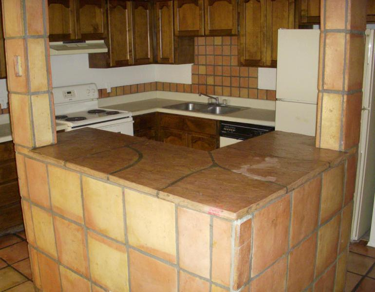 Kitchen Backsplash tiles-pictures