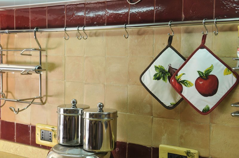 terracotta-kitchen-backsplash-tile-pictures