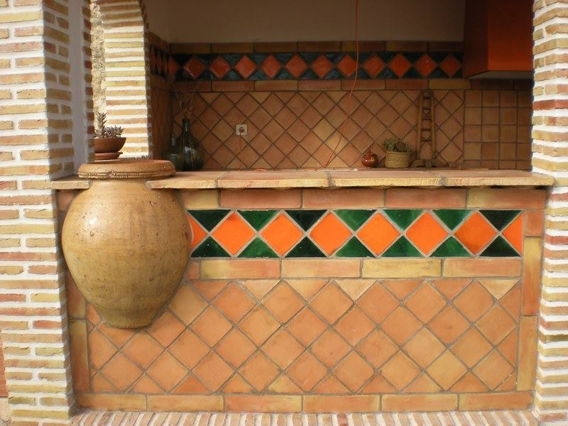 terracotta-wall-kitchen-backsplash-tiles-pictures