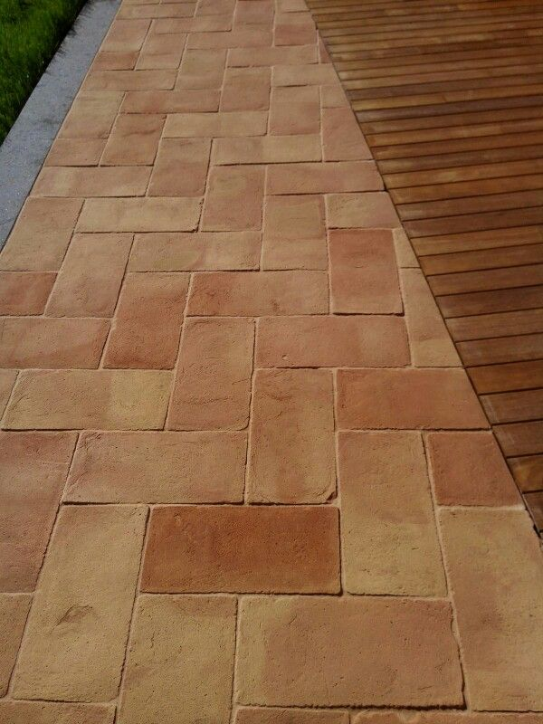 Outdoor Brick Floor Tiles in Pakistan